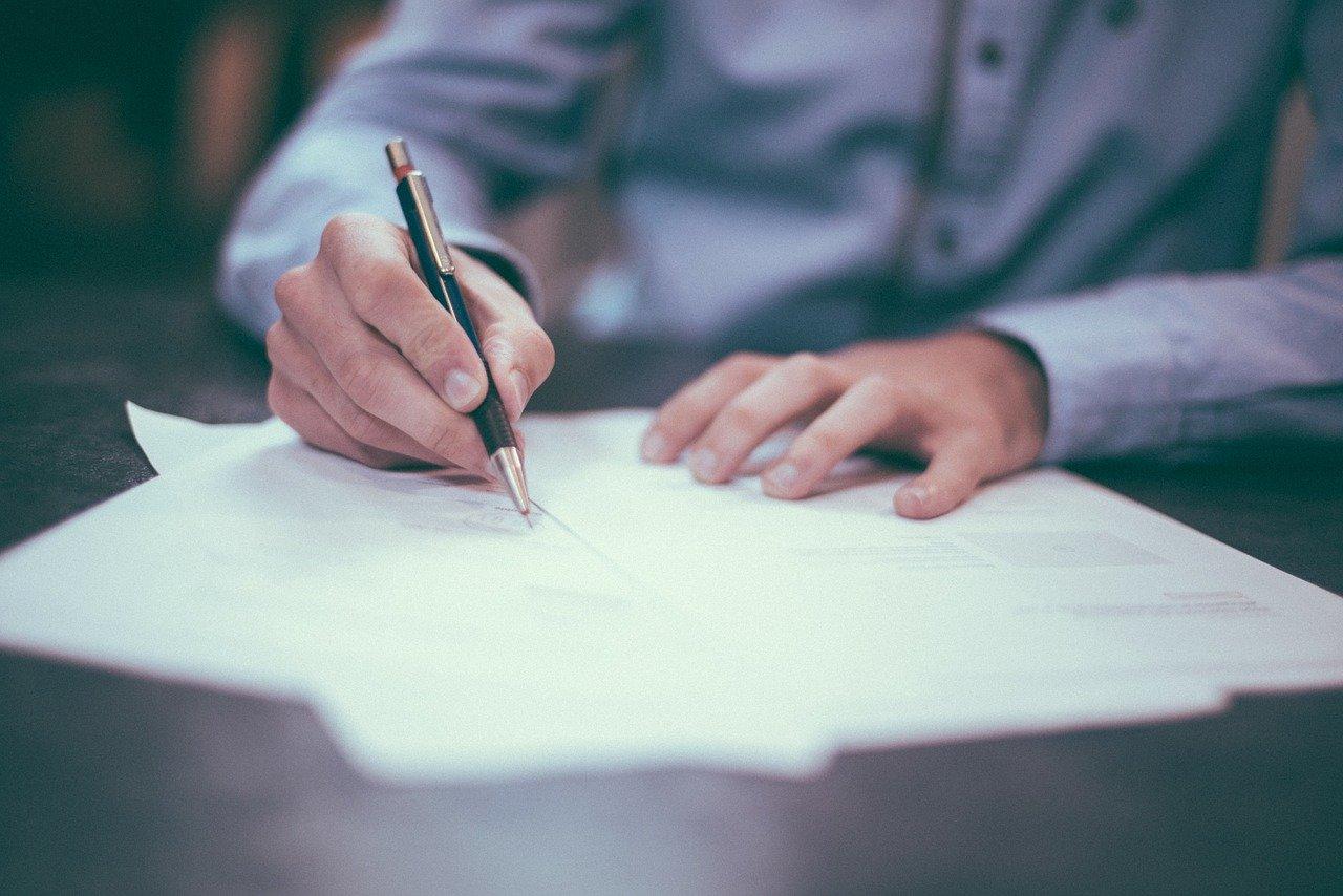 【保存版】フリーランスの契約形態について~受託と準委任について~