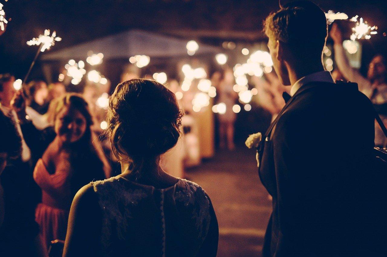 【2020年版】フリーランスや個人事業主が結婚するためにやるべき事